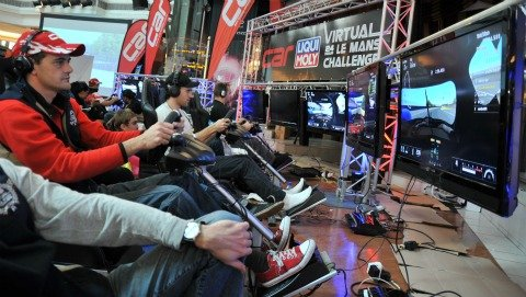 Digital racers battle it out at CAR Liqui Moly Vitual Le Mans 2011