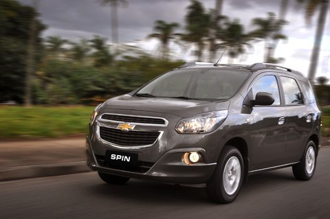Chevrolet Spin Officially Revealed Car Magazine