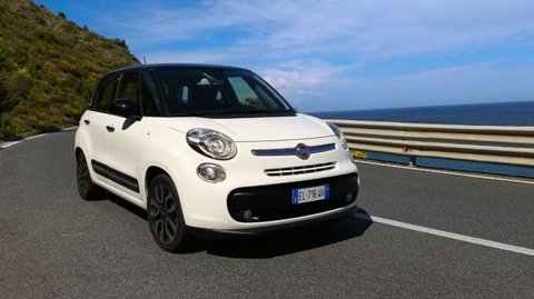 Fiat 500L official details emerge – more space, on-board espresso machine