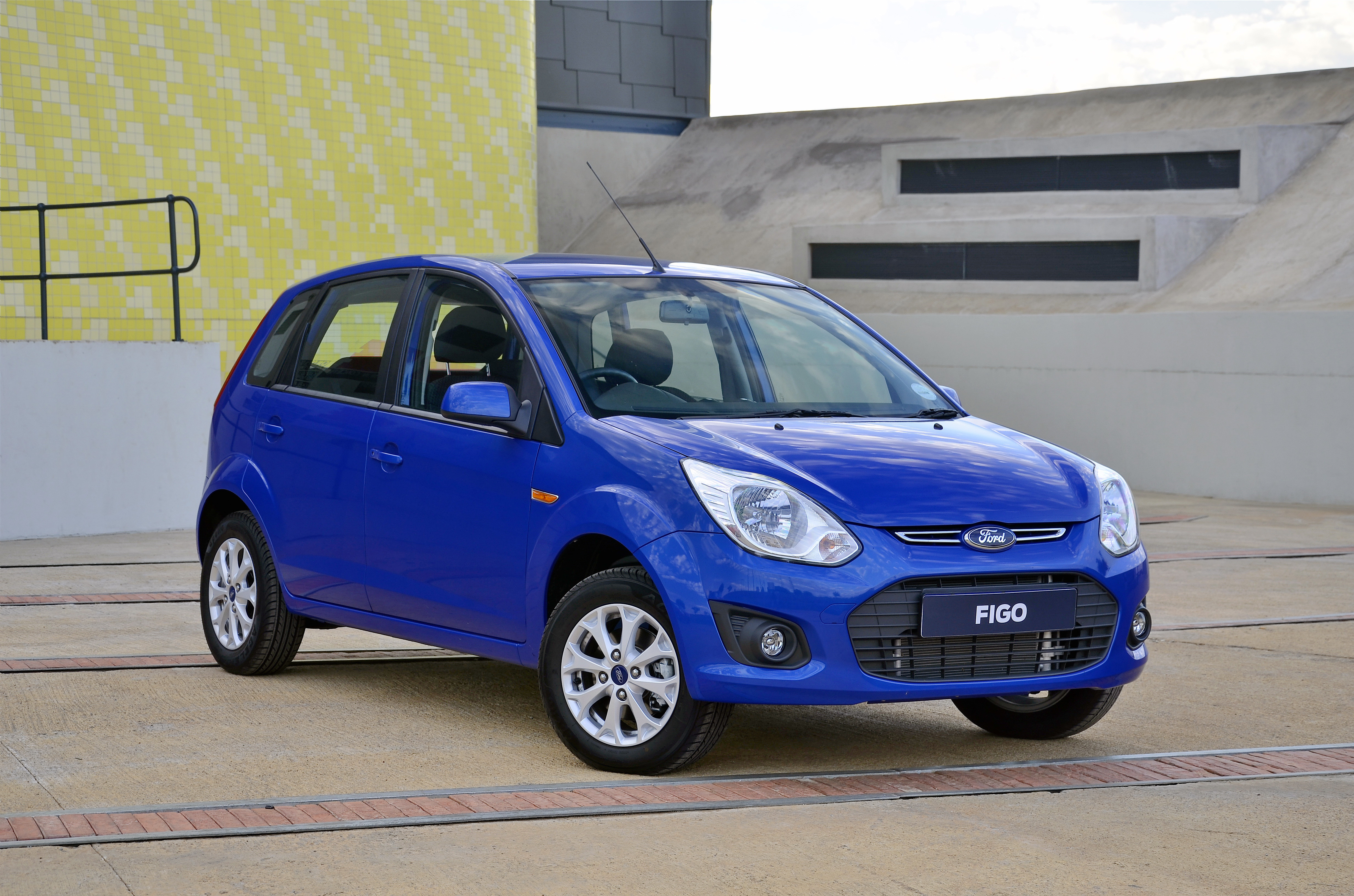 Ford gives the figo a fresher face for 2013