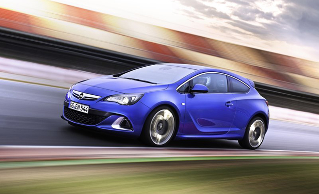 The new Opel Astra OPC has arrived in SA wearing a R435 000 sticker price