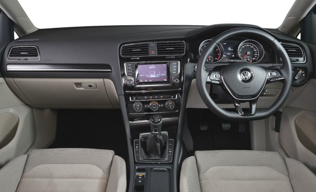 Interior once again sets the segment benchmark in terms of comfort, space, and perceived quality.