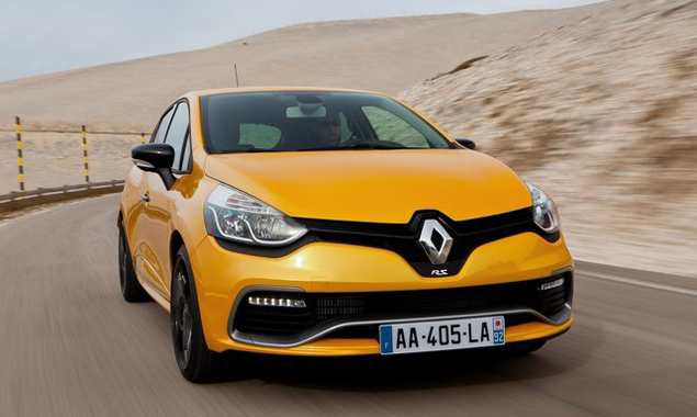 The 2,0-litre turbopetrol engine develops 149 kW and 240 N.m of torque