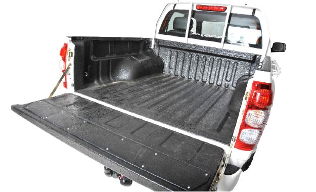 This version of the Steed 5 offers a usable 675 kg payload rating.