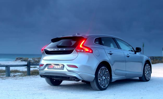 Volvo V40 D3 Geartronic Elite rear view