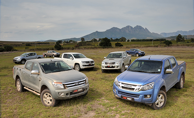 Double-cab shootout with Hannes Grobler: Which bakkie is best? [video]