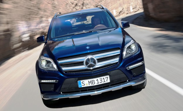 Mercedes-Benz GL-Class has serious road presence