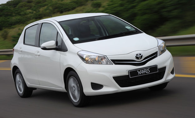 Toyota Yaris 1,3 front view