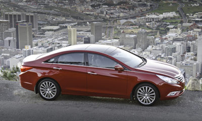Hyundai Sonata profile and side view