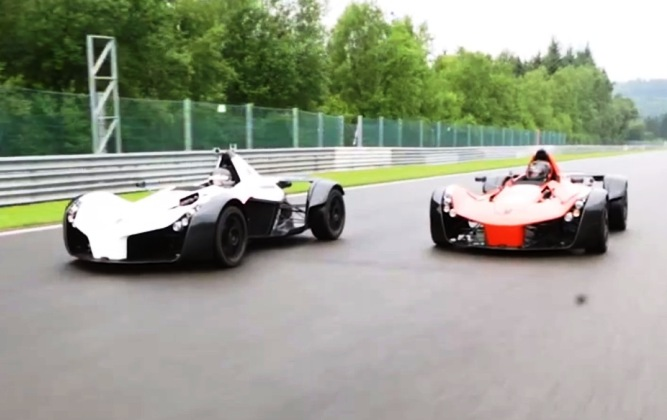 BAC Mono track battle at Spa