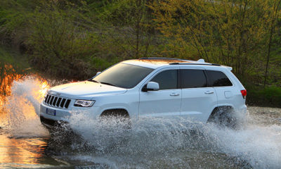 Jeep Grand Cherokee driving through water