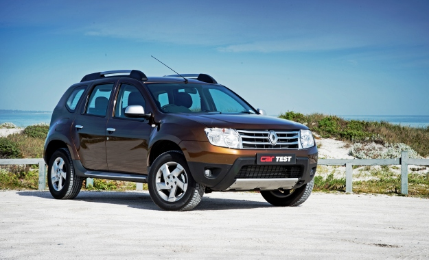 Renault Duster front three quarter