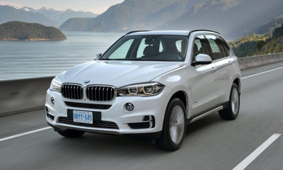 BMW X5 front moving