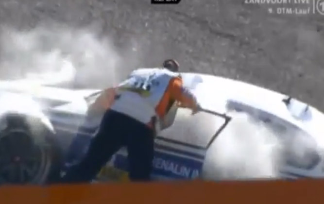 Trigger-Happy DTM Marshal Douses Imaginary Fire - And Driver [video]
