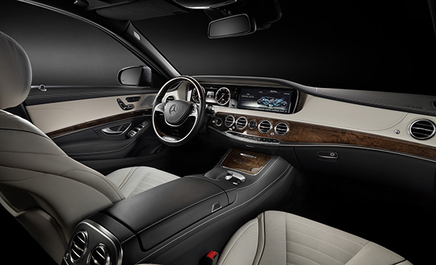 Mercedes Benz S400 Hybrid. Twin TFT Screens Dominate The Facia; The Cabin  Is A Spacious And Sumptuously Trimmed Place To Be ...