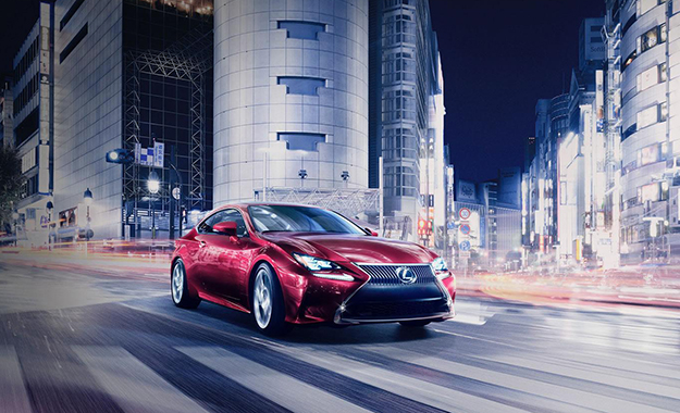 Lexus RC Coupe front three-quarter