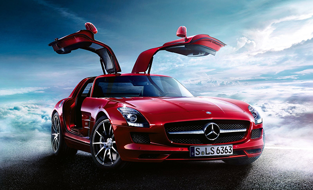 Mercedes-Benz SLS front three-quarter picture
