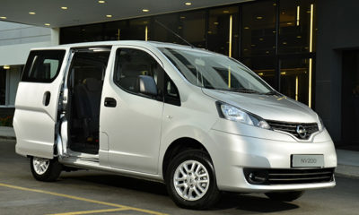 Nissan NV200 Combi front three-quarter image