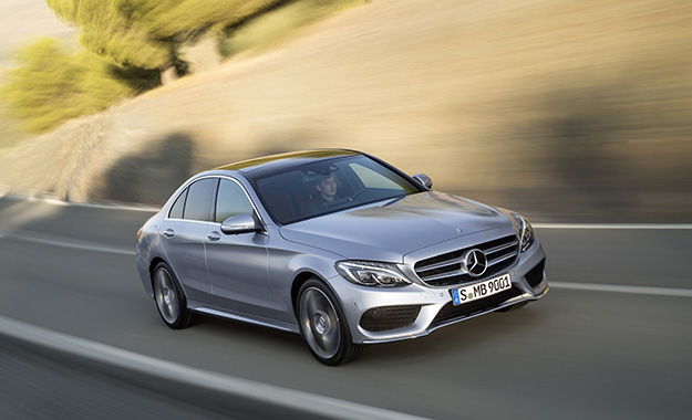 Mercedes-Benz C-Class front three-quarter image