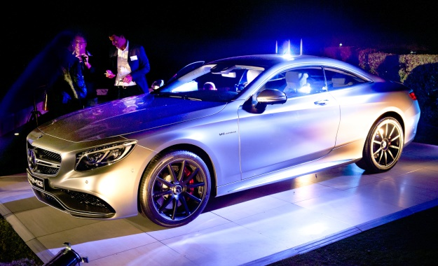 Mercedes Benz S-Class Coupe S63 AMG