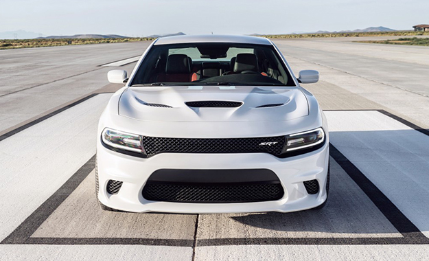 2015 Dodge Charger SRT Hellcat front