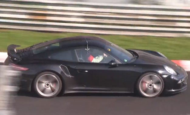 Facelifted 911 Turbo S testing at the 'Ring