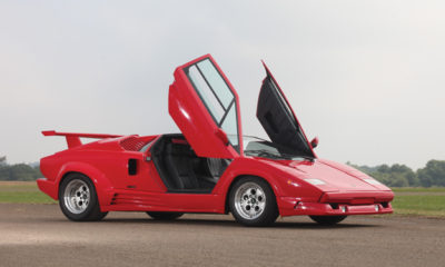 1990 Lamborghini Countach side