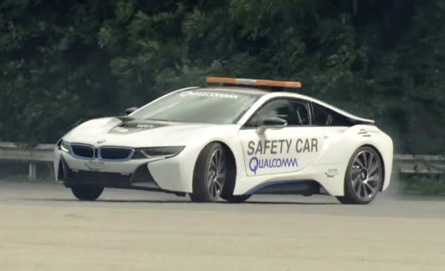 BMW i8 Safety car drifting