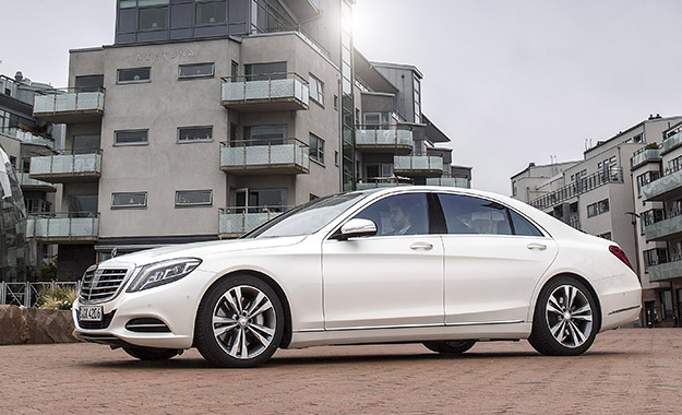 Driven mercedes benz s500 plug in hybrid for Mercedes benz strategic plan