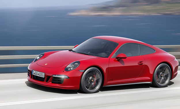 Porsche 911 (991) Carrera GTS revealed