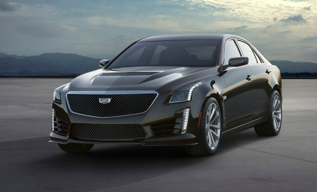 Cadillac CTS-V front three-quarter.
