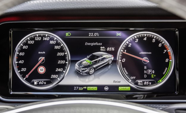 Mercedes Benz To Launch Ten Hybrid Cars By 2017 Carmag Co Za
