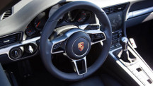 918 Spyder-styled steering wheel
