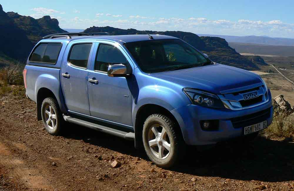 Long-term introduction: Isuzu KB 300 D-TEQ LX 4x4 DC ...