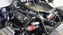 The engine produces 800 kW
