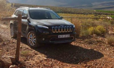Jeep Cherokee front