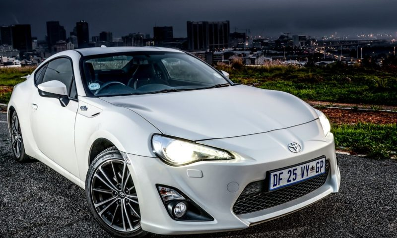Toyota 86 manual front
