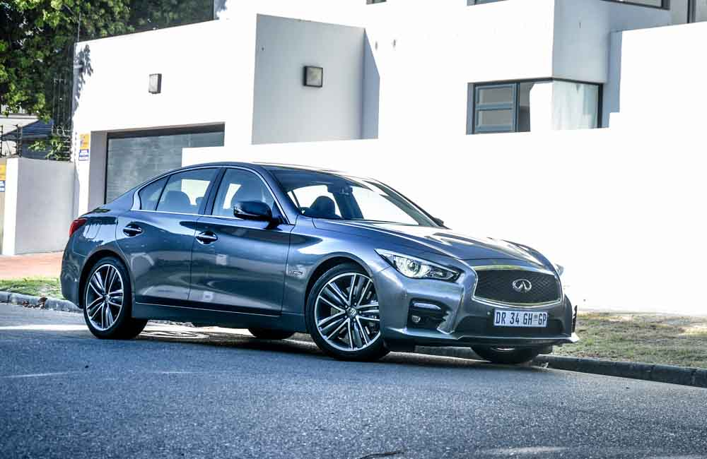 Long Term Test Infiniti Q50s Hybrid