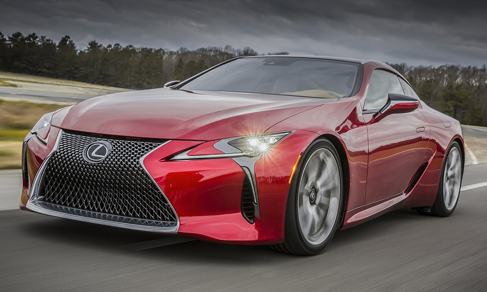 LC 500 adopts many of the LF-LC Concept's design cues