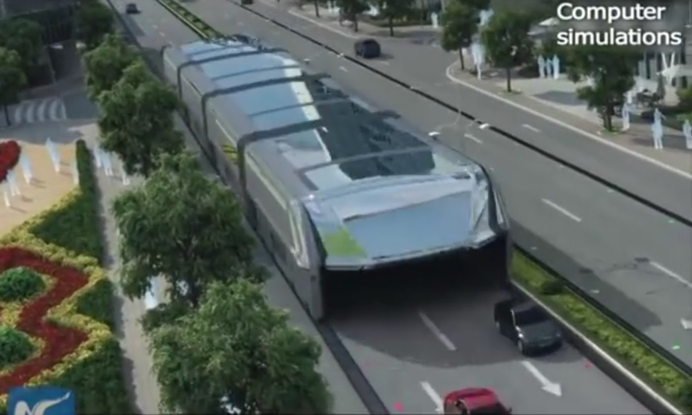 Straddling bus reinvents public transport