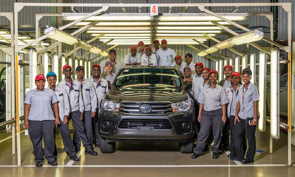 Toyota invests R6,1bn in SA to build Hilux, Fortuner - CAR ...