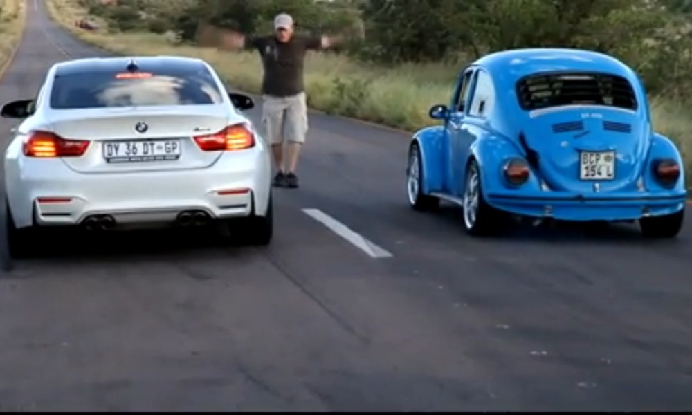 DRAG RACE: BMW M4 vs Volkswagen Beetle