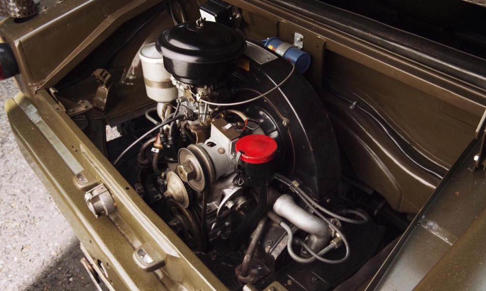 It makes use of the 37 kW air-cooled engine from the 356.