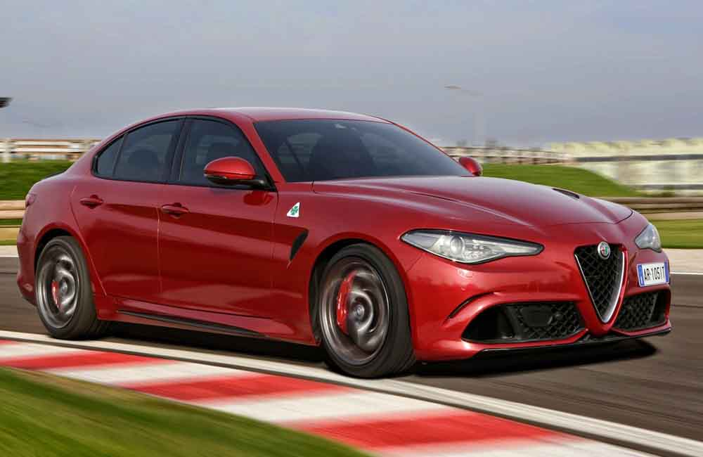 alfa romeo giulia quadrifoglio here in january 39 17 car. Black Bedroom Furniture Sets. Home Design Ideas