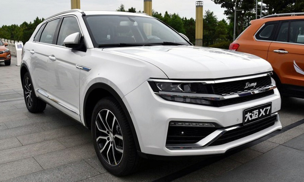 Zotye X7, a Chinese close of the VW Tiguan