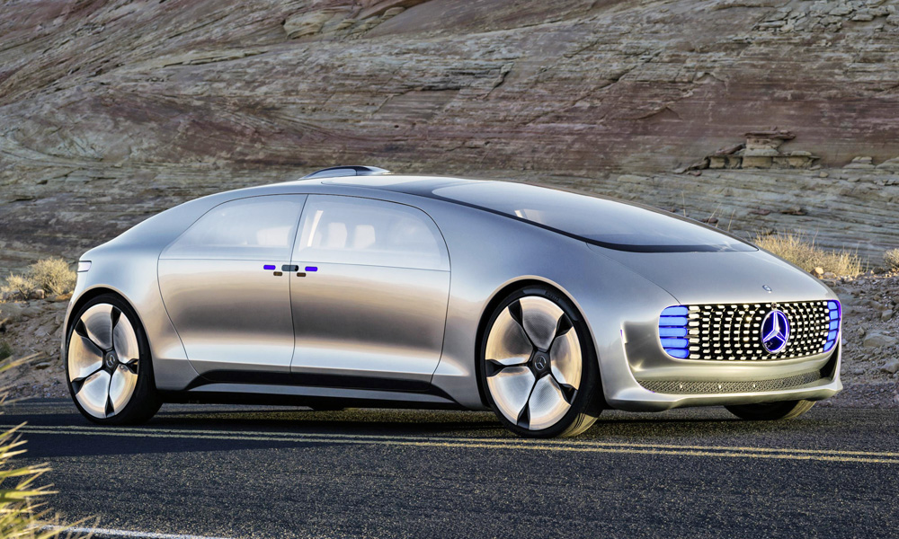 Merc 39 s self driving tech 39 will save those in the car for Mercedes benz f 015 price