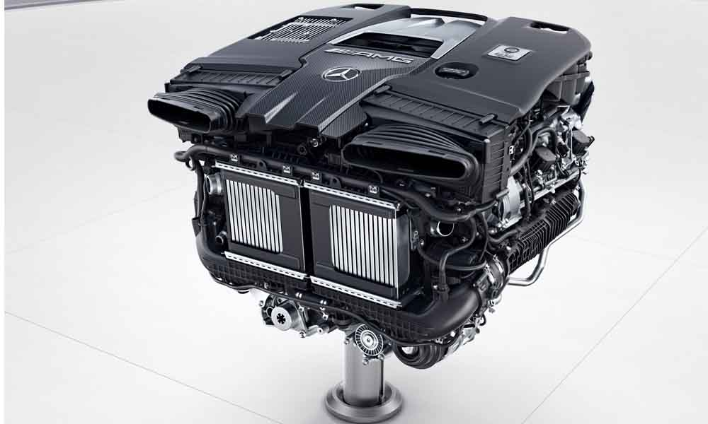 4,0-litre V8 biturbo has been tuned to 450 kW and 850 N.m in the E63 S.