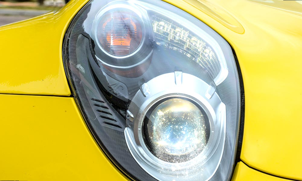 These headlamps are better looking that those of the coupe.