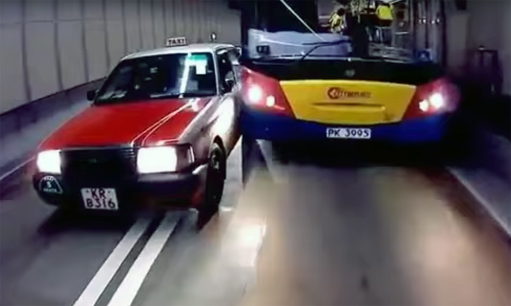 Road rage: taxi vs. bus