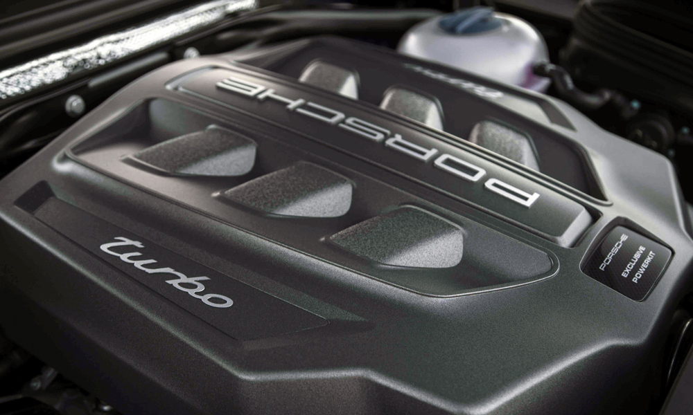 Engine delivers 30 kW and 50 N.m more than the standard Macan Turbo.